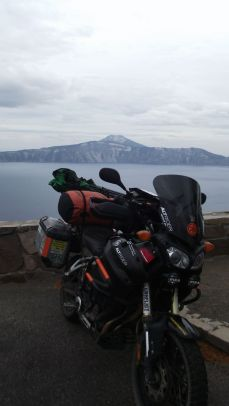 Glen's bike @ Crater Lake, OR